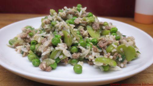 Poêlée de riz aux fèves et petits pois