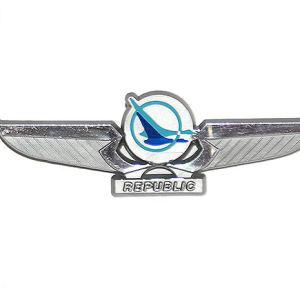 Republic Airlines Jr Pilot Wings – Pinback (Silver)