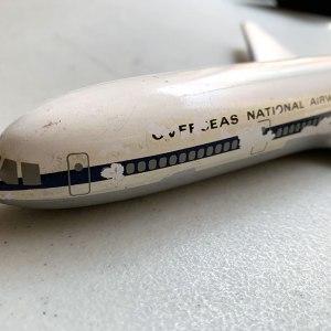 ONA Overseas National DC-10 1:200 Scale Model
