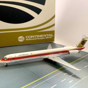 Continental Airlines MD-82 1:400 Scale Model (Black Meatball)