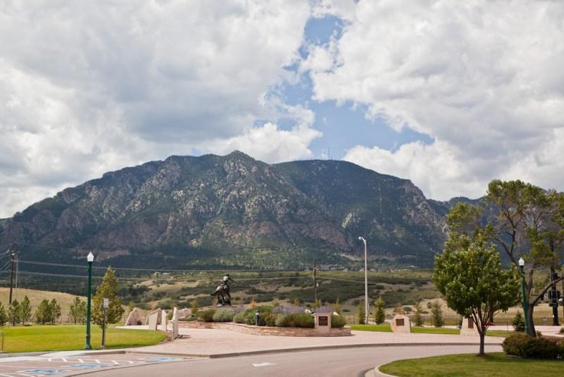 Cheyenne-Mountain-01