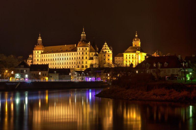 Neuburger Schloss @ night