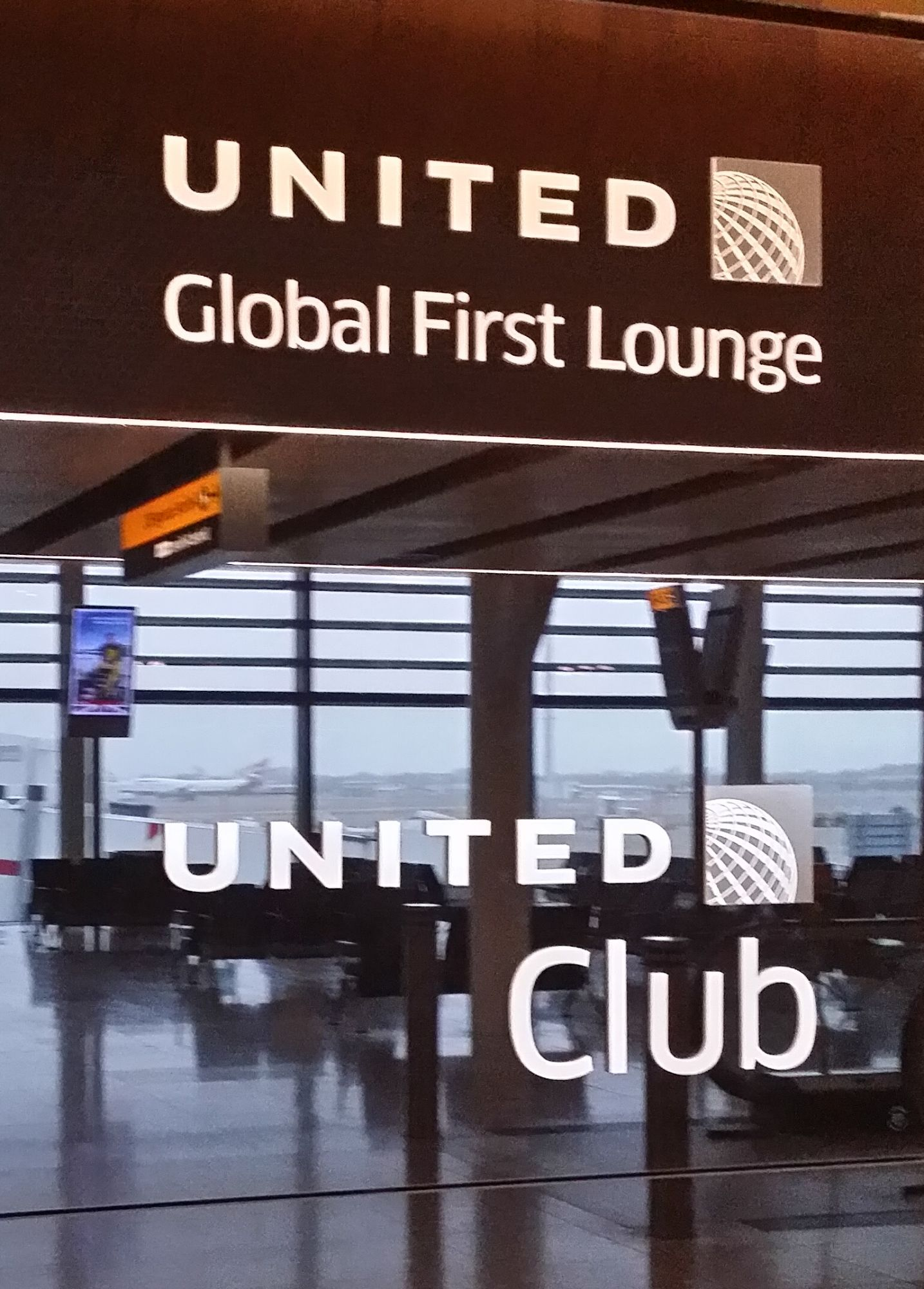 Lounge Review: United Club Terminal 2 at London Heathrow Airport (LHR)