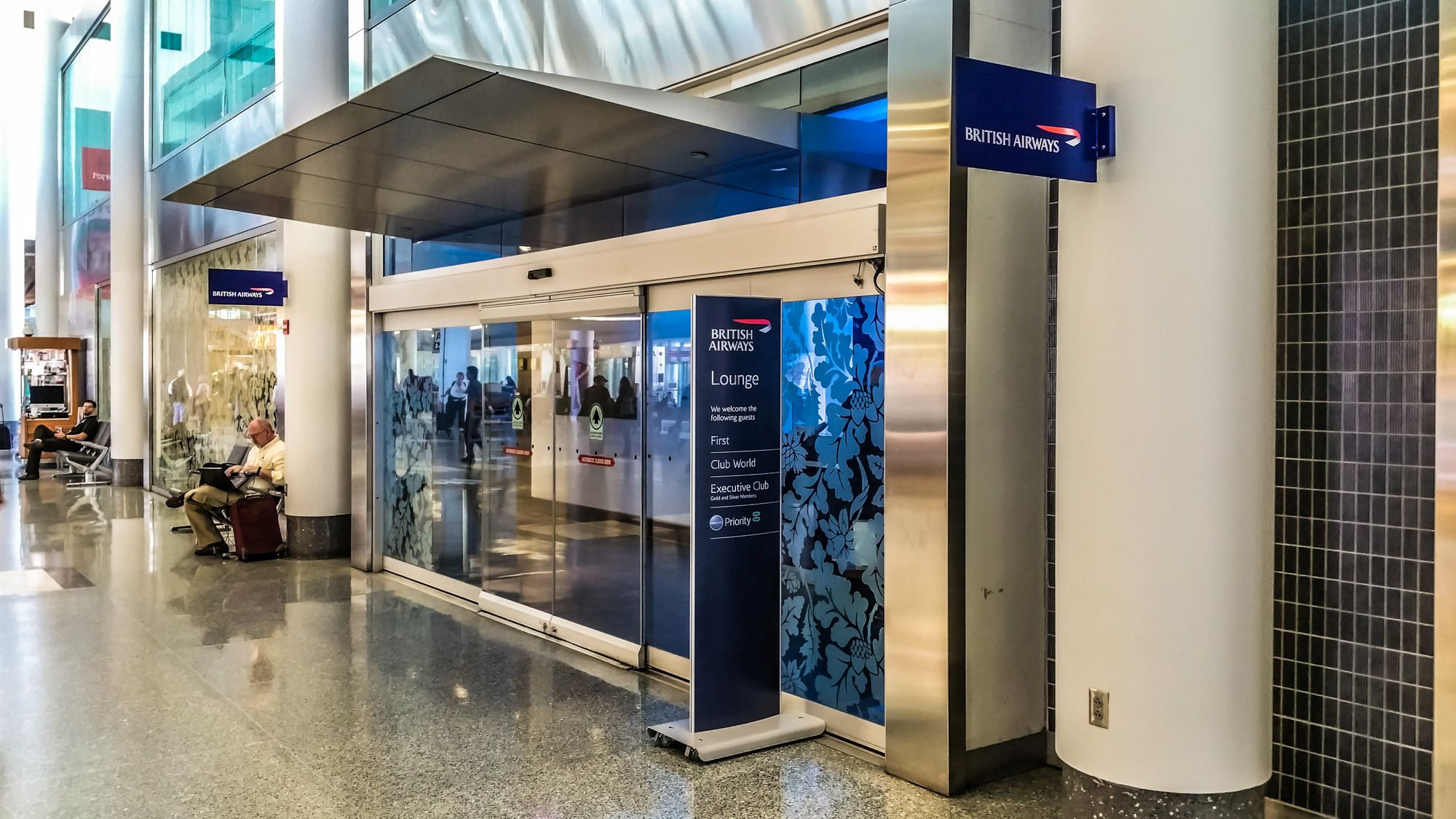 Lounge Review: British Airways Club and First Lounge Philadelphia (PHL)