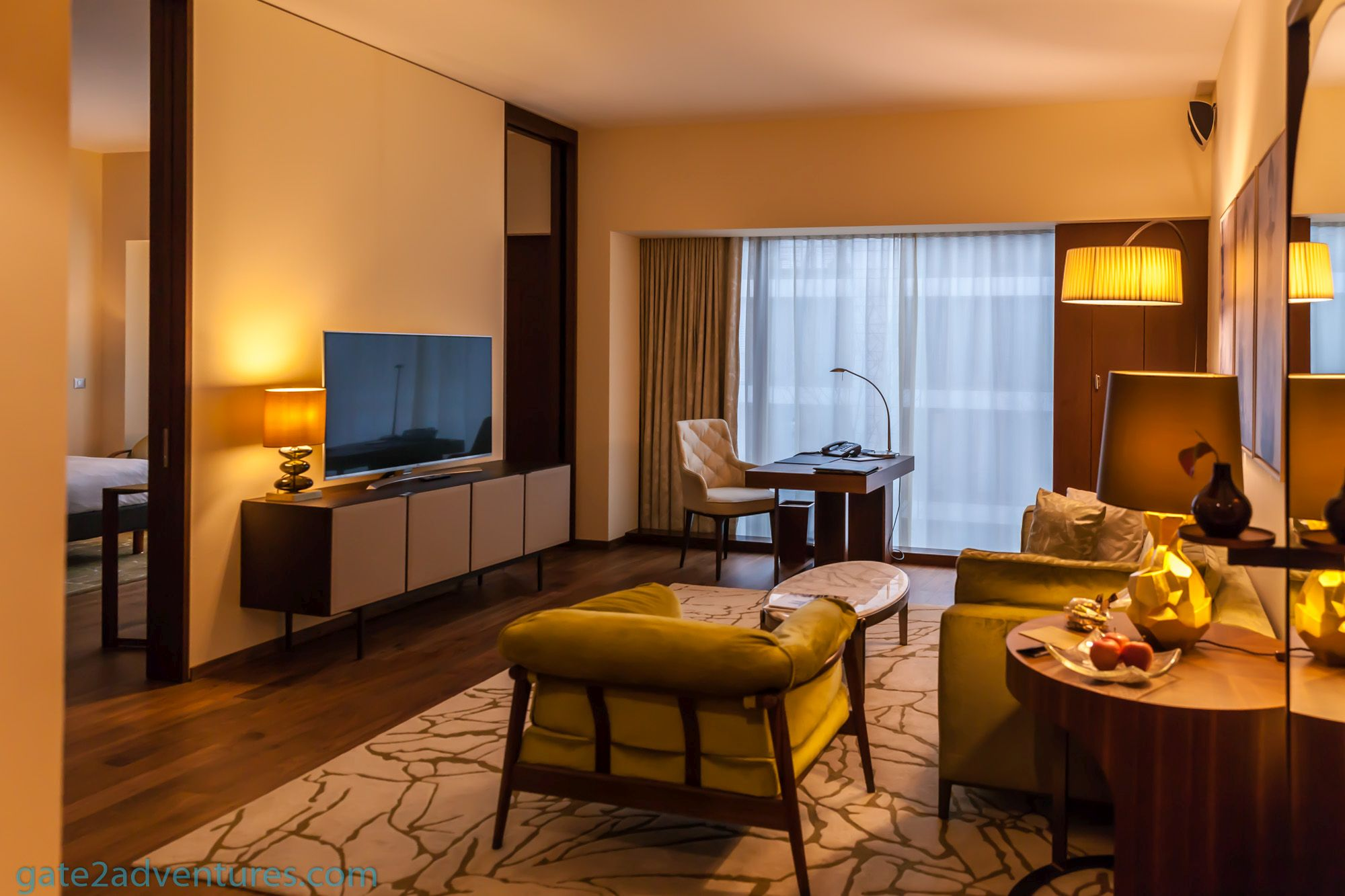 Hotel Review: Park Hyatt Zurich – Park Suite King