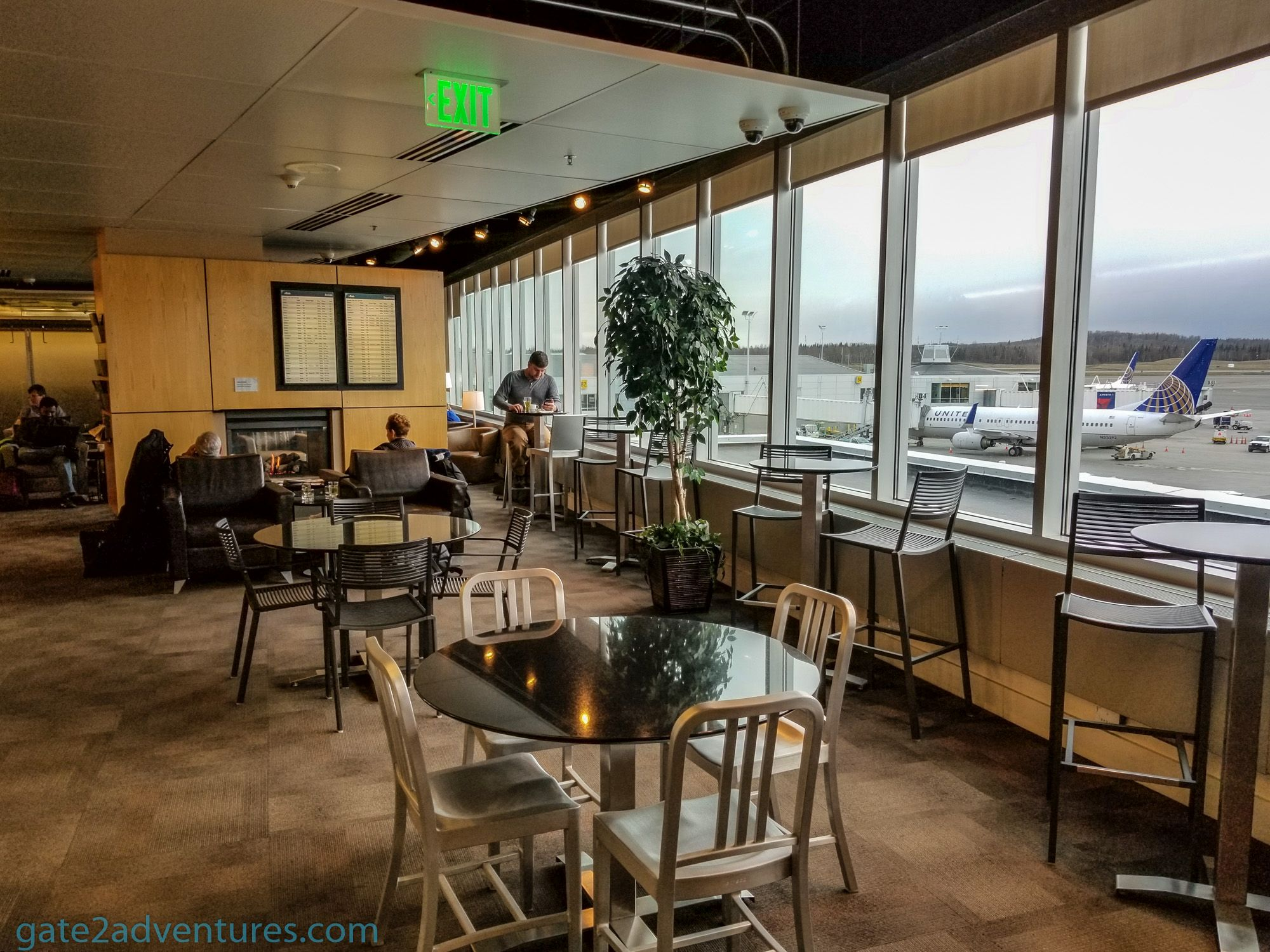Lounge Review: Alaska Airlines Lounge Anchorage, AK