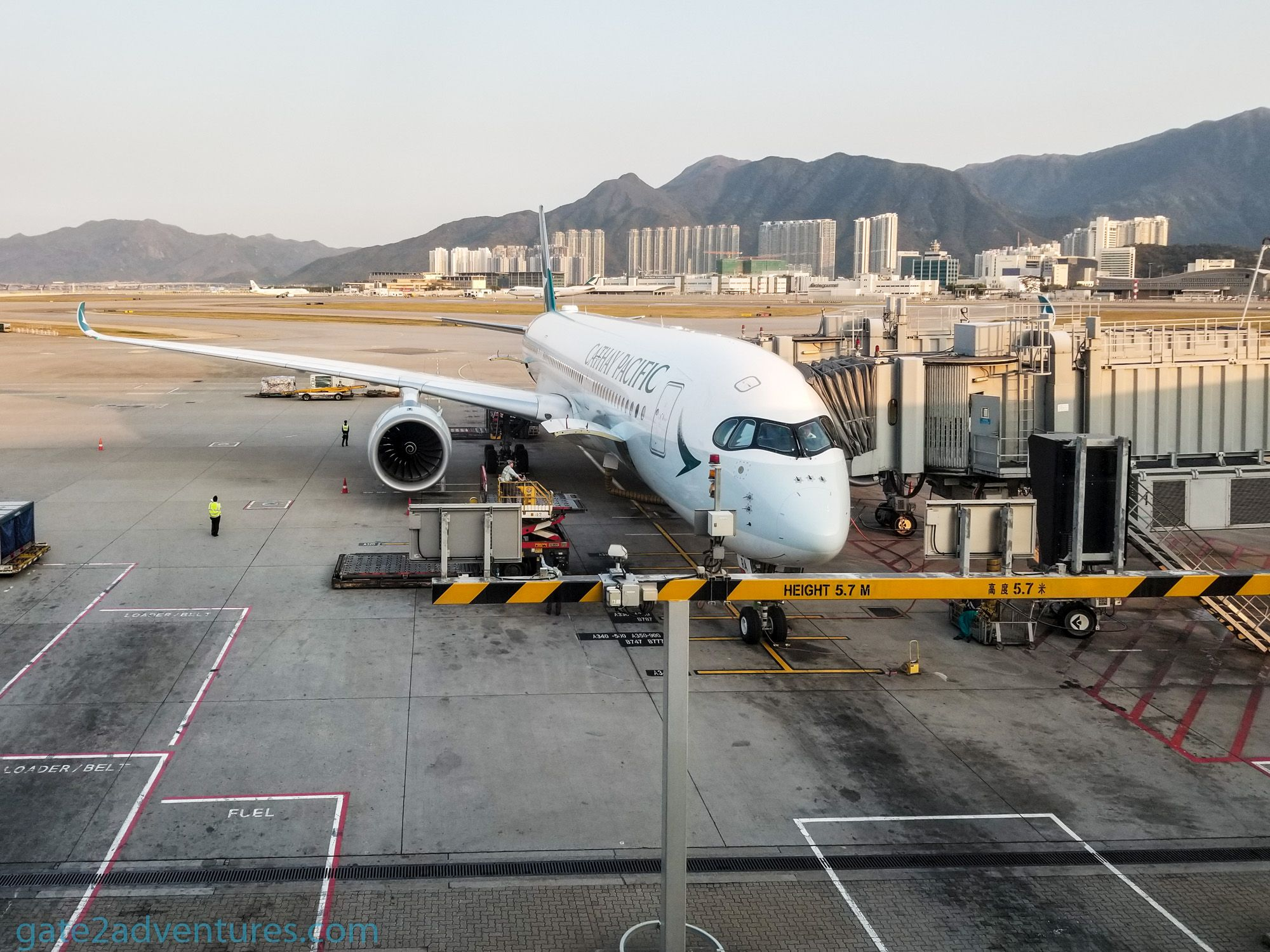 Flight Review: Cathay Pacific Business Class – Airbus A350 Hong Kong (HKG) to San Francisco (SFO)