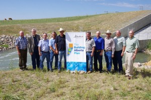 Agriculture and Rural Development Minister Verlyn Olson (second from left) with members of the Alberta Irrigation Projects Association and Eastern Irrigation District in Brooks, AB today announcing $21 million in grants to improve irrigation infrastructure in the province
