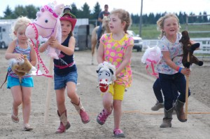 Priddis Fair - girls - ponies