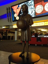 Jerrie Mock statue at airport