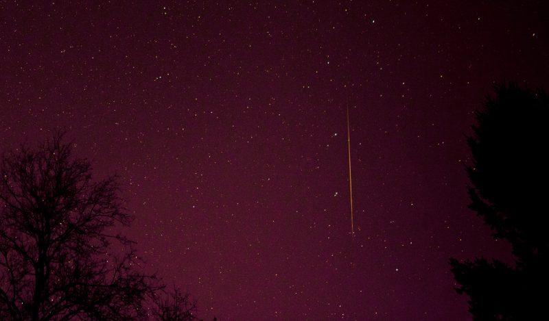 Geminid meteor via Henry Shaw/SummersMagic Photography