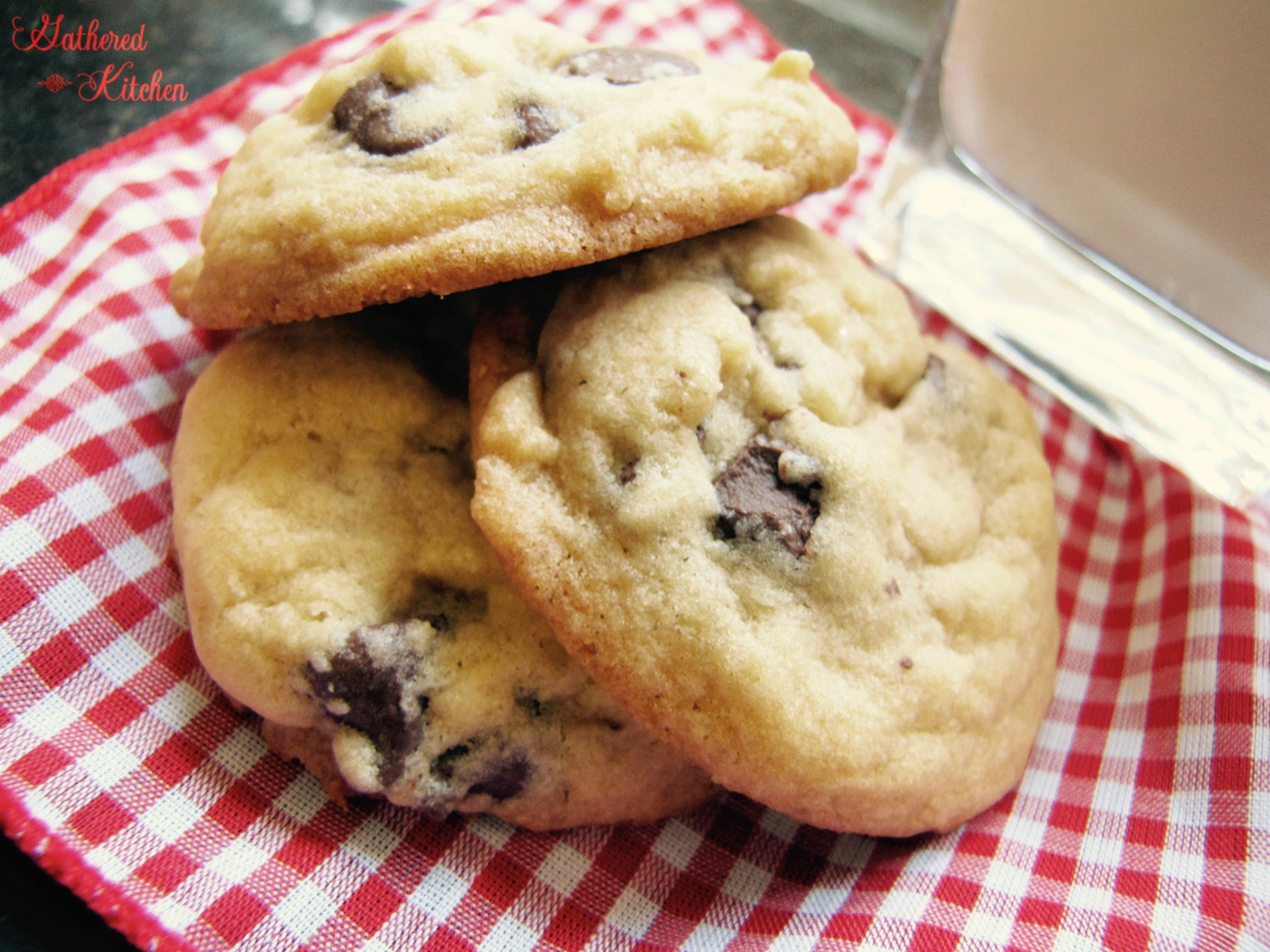 soft & chewy chocolate chip cookies2