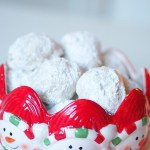 Snowball Cookies aka Mexican Wedding Cookies