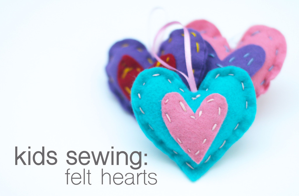 kids that sew {felt hanging hearts}