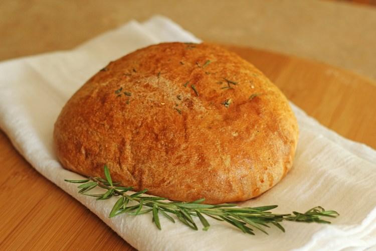 Rosemary olive oil bread carmelmoments.com
