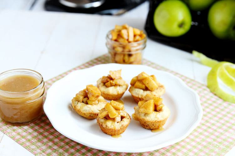 Caramel Apple Sugar Cookie Cups // @gatherforbread