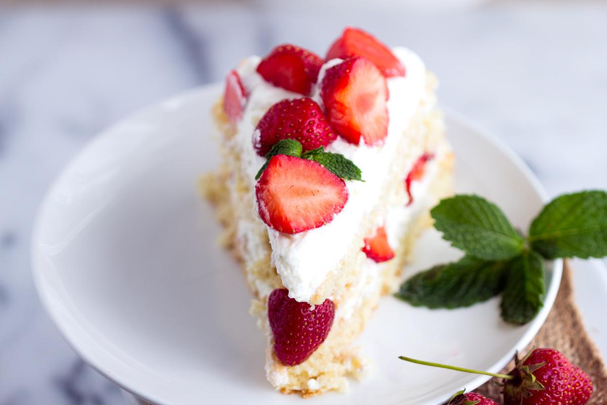 Simple Homemade Strawberry Shortcake