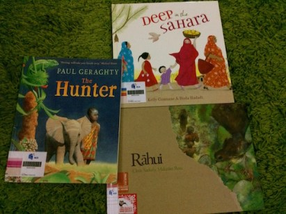 https://gatheringbooks.org/2015/08/24/monday-reading-award-winning-picturebooks-that-feature-hunting-geraghtys-the-hunter-grieving-czekelys-rahui-and-finding-faith-deep-in-the-sahara/