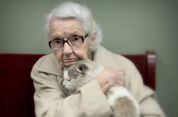 Iona 102 anos e Edward 2