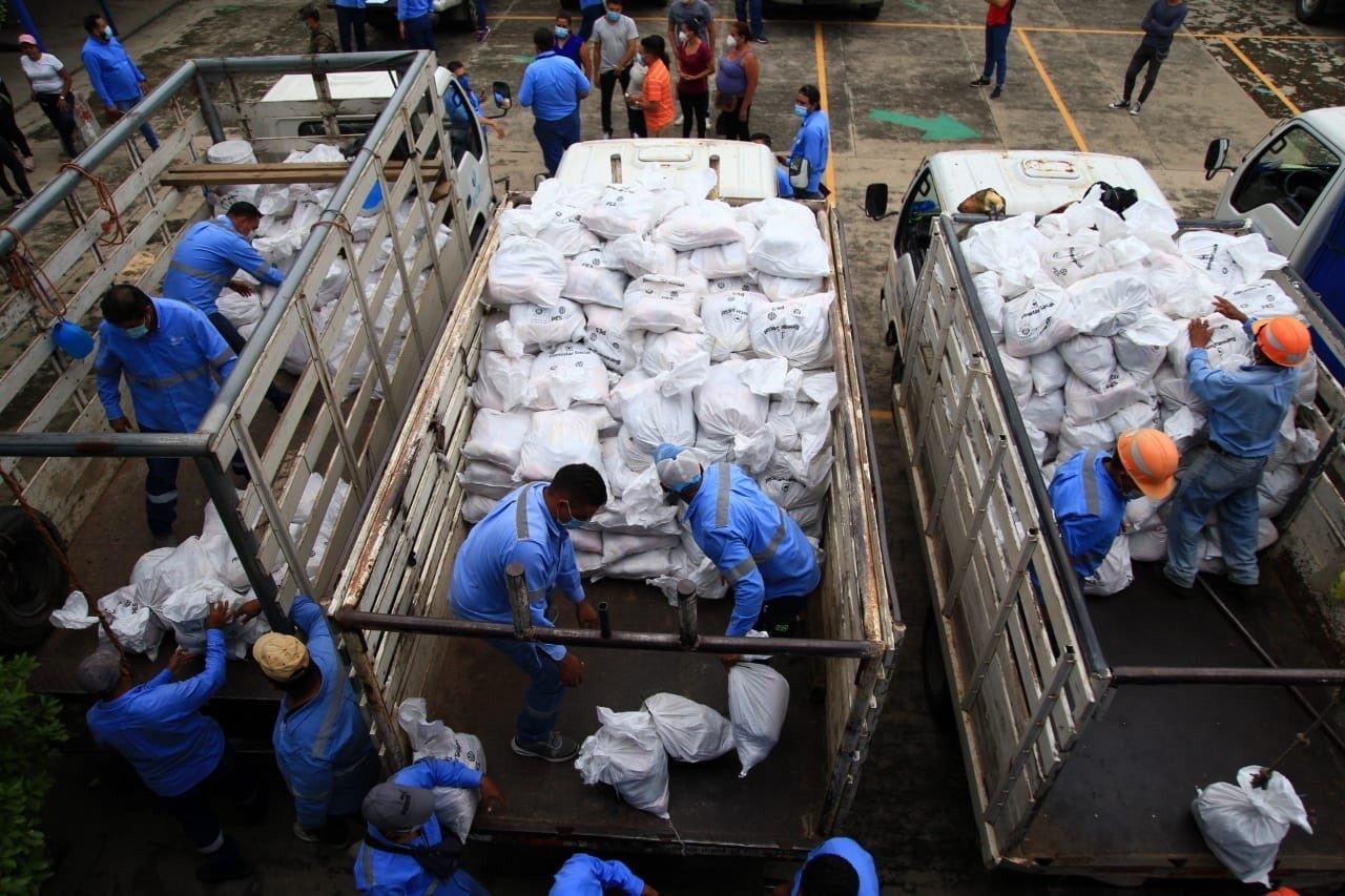 La ruta de los sacos solidarios y su desnutrido plan de entrega