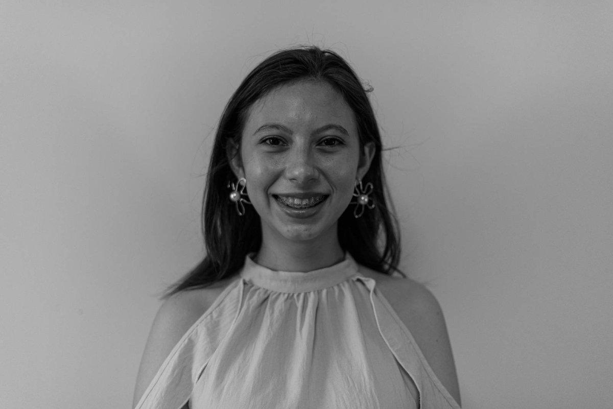 Gloria Olivares