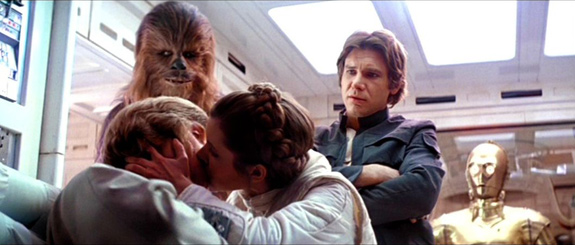 star-wars-luke-leia-kiss