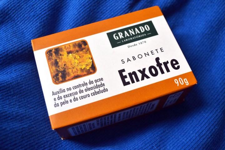 Sabonete-de-enxofre-granado-resenha-blog-gatoqueflutua-foto-Debb-Cabral