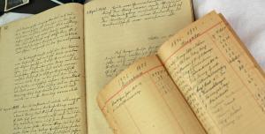 Darauf sind die Trachtler stolz: das erste Schriftführer- und Kassenbuch von 1920. © re