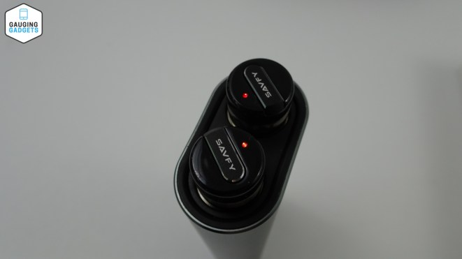 Savfy True Wireless Headphones2
