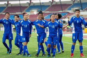 साफ महिला फुटबल च्याम्पियनसिप : नेपाली टोलीले उपाधि जिते जनही दुई लाख प्रदेश सरकारले दिने