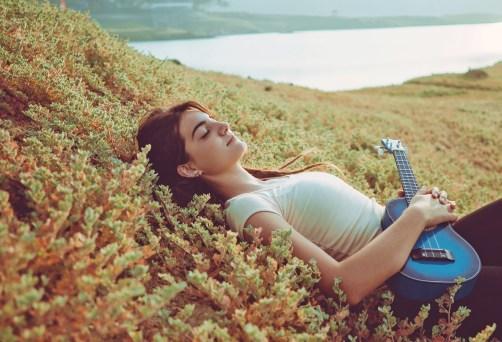 Meditaciones en grupo con música para relajación y alegría