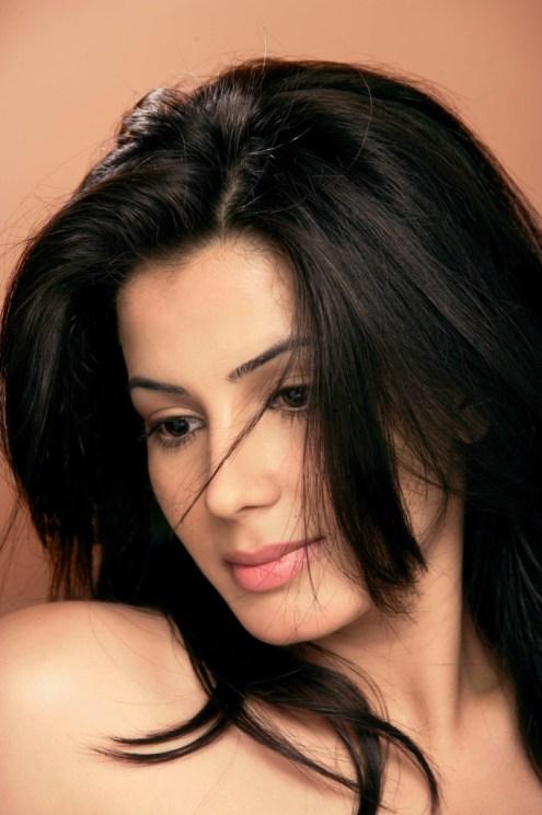 फिल्म 'सूपर से ऊपर' में गुल का अभिनय करने वाली अभिनेत्री कीर्ति कुल्हरी