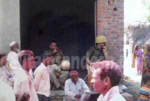 पिछली होली के अवसर पर लाउड स्पीकर बजने के दौरान तैनात पुलिस का फाइल फोटो।