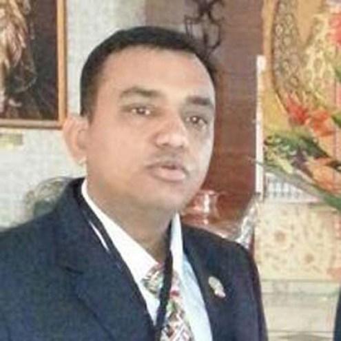 एस्सल पब्लिक स्कूल का चरित्रहीन प्रबंधक सुधांशु गुप्ता।