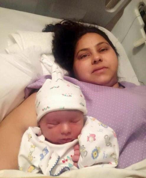 अपने बेटे के साथ मीसा भारती।