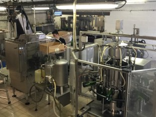 The disgorgement and bottling unit has around 15 functions