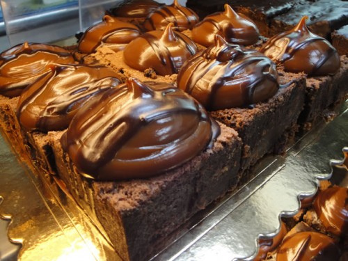 Best Bakeries In The World: Chocolate Brownies