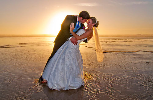 Destination Weddings: Wedding on the Beach