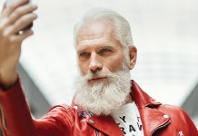 "Paul Mason, aka ""Fashion Santa"". Fonte: Chris Nicholls"