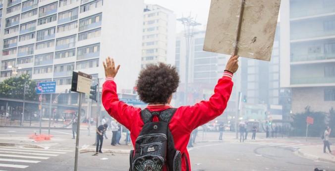 Democracia é permitir direito às minorias | Joaquim Leães de Castro