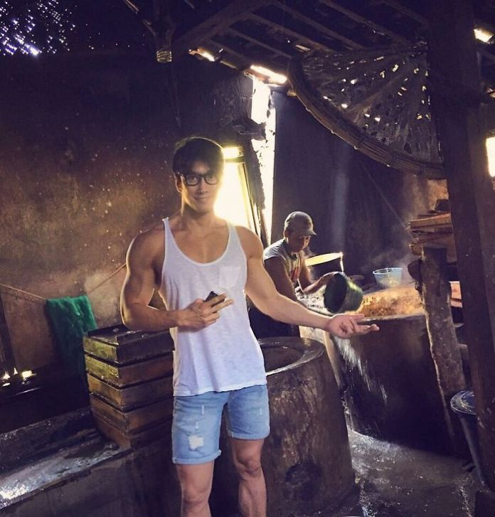 50-year-old-photographer-asian-do-not-age-chuando-tan-5-5975de94aab73__700