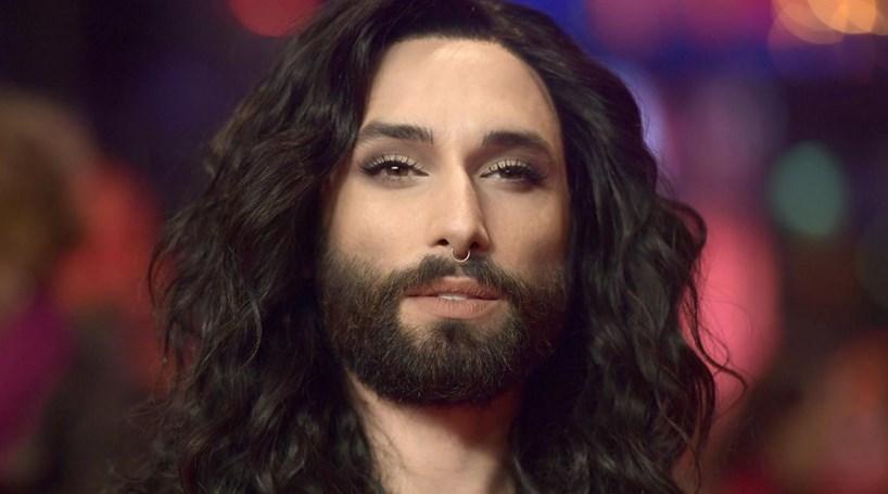Conchita Wurst revela ter HIV para acabar com chantagem de ex-namorado que queria expor o diagnóstico