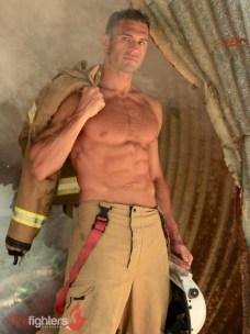Rob-2019-Hot-Firefighters-www.australianfirefighterscalendar.com2020-copy-720x960