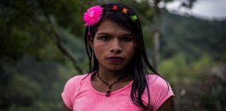 Mulheres indígenas trans encontram refúgio nas fazendas de café na Colômbia
