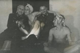 """Soldier Studies: Crossdressing in der Wehrmacht"" nazistas nazismo nazi"