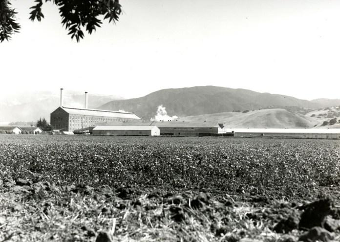A refinaria. Foto: Online Archive Califórnia
