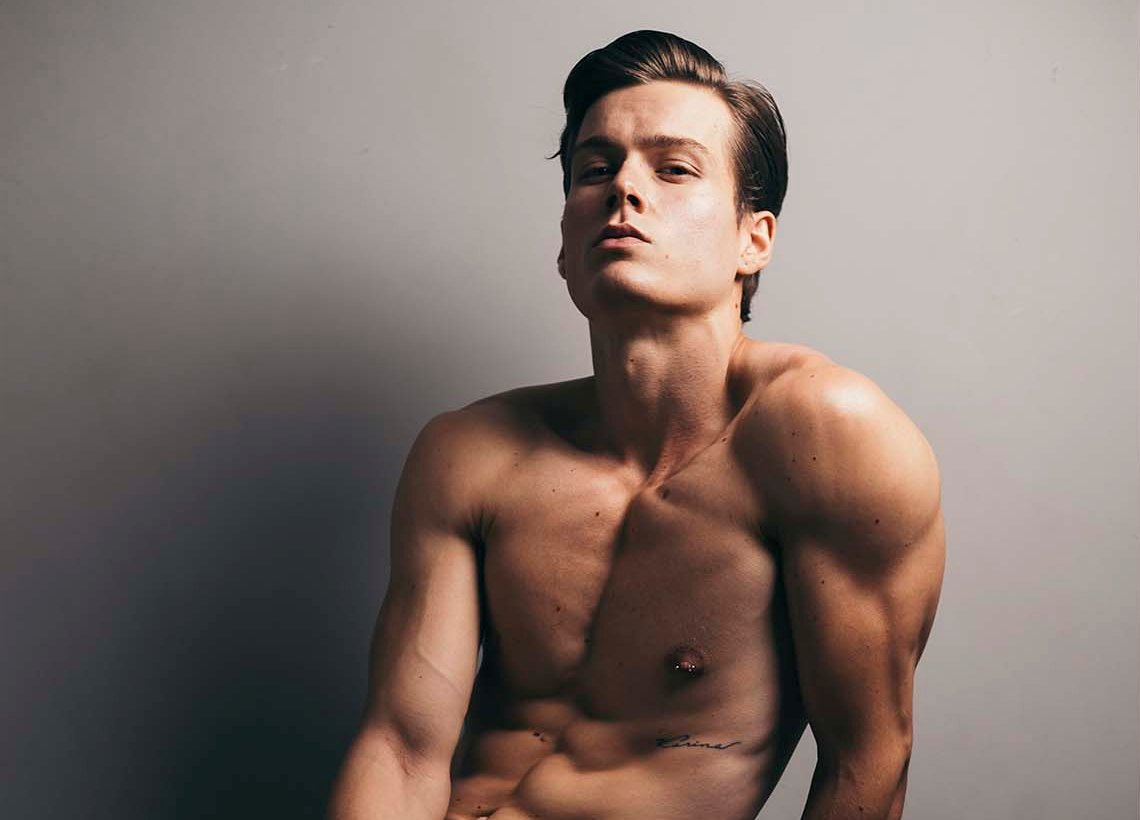 ENSAIO: Patrick Righi por Vinicius Costa para Brazilian Male Model
