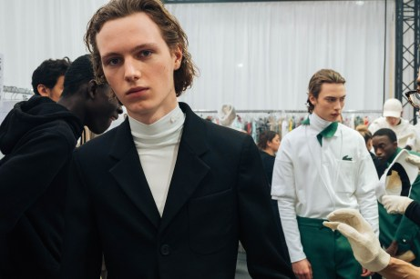 356053_863336_lacoste_aw19_backstage_by_alexandre_faraci38