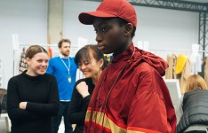 356053_863338_lacoste_aw19_backstage_by_alexandre_faraci29