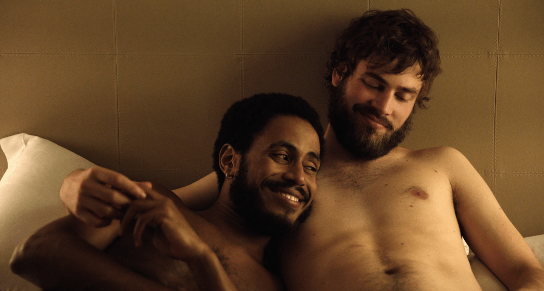 Drama romântico gay '45 dias sem você' estreia nesta quinta-feira